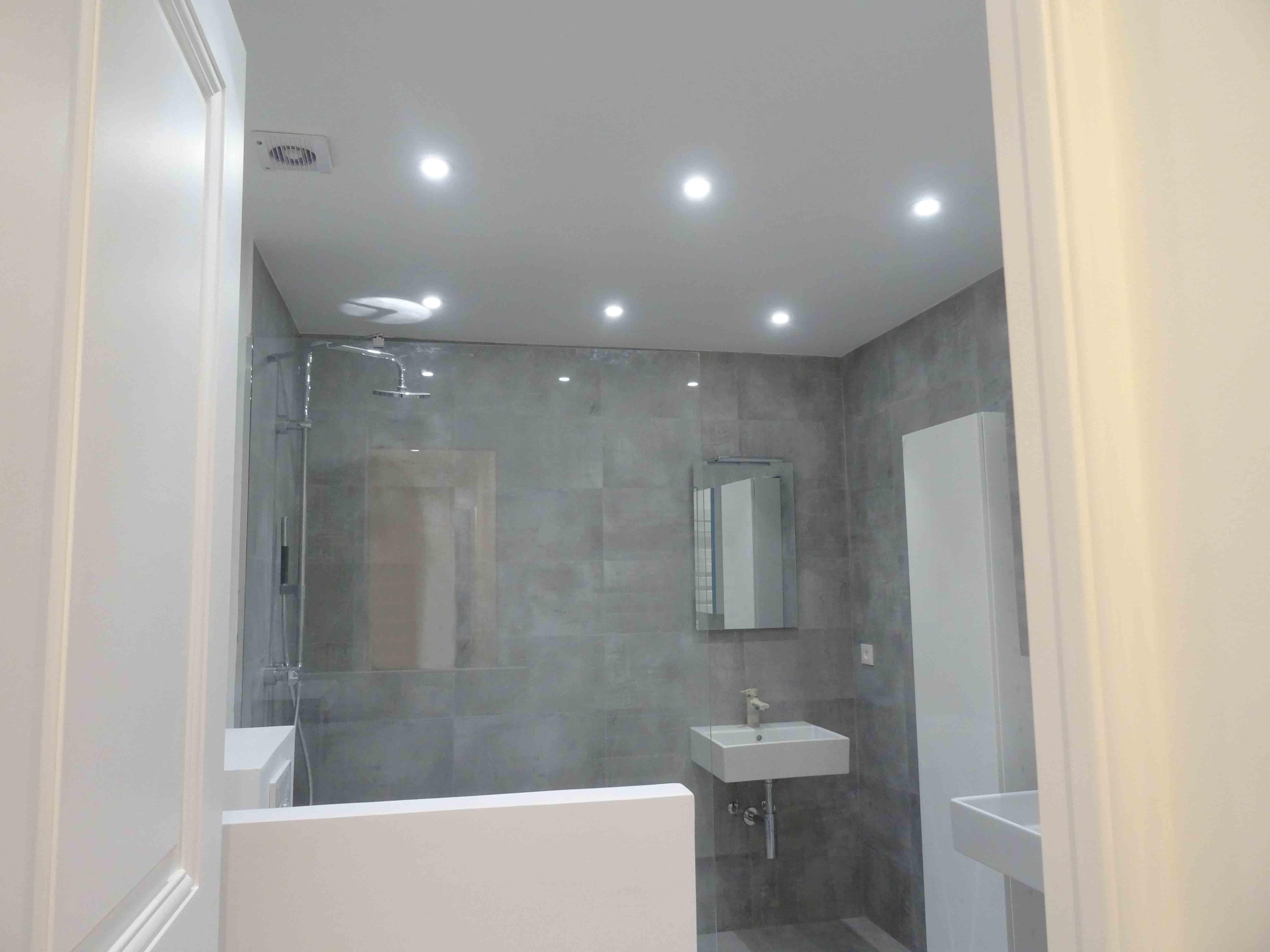 Salle de bain Bâtiment MDK